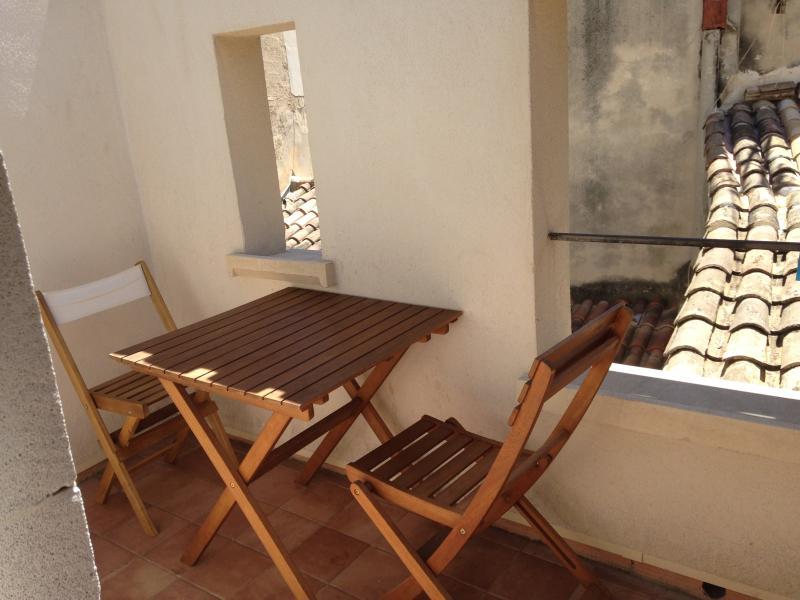 Studio intramuros Avignon/terrasse - Avignon - appartement