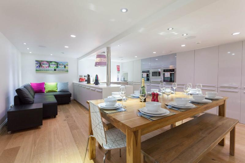 Luxury house in central Brighton, close to beach., holiday rental in Brighton