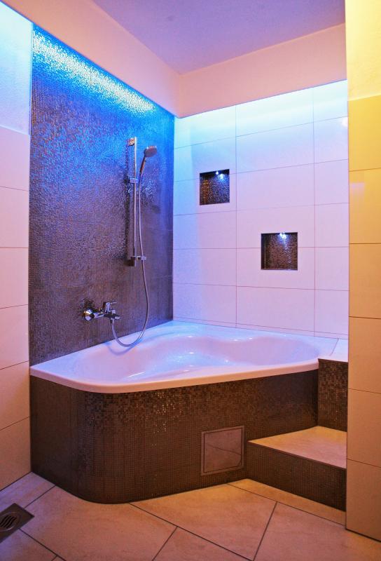 Bathroom with lights 1