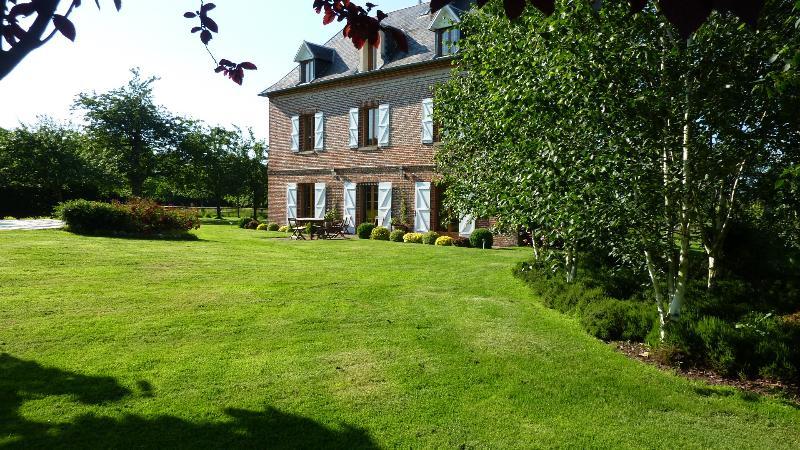 B&B House - garden view