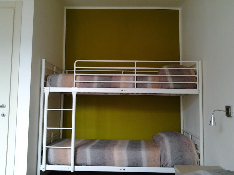 camera-letto a castello