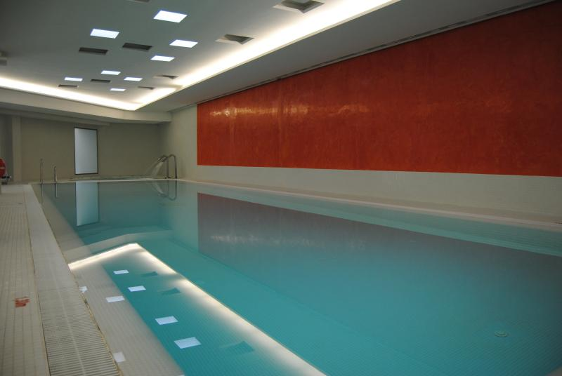 indoor pool, Jacuzzi, sauna and turkish bath