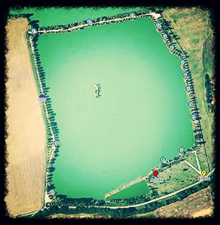 Plano do planeta Lago de carpas