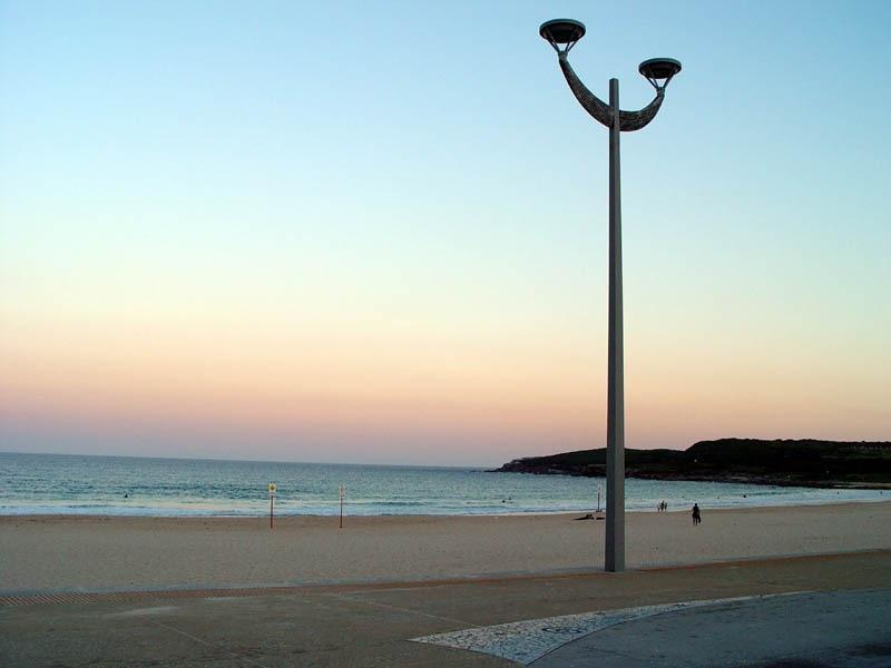 walk to Maroubra beach