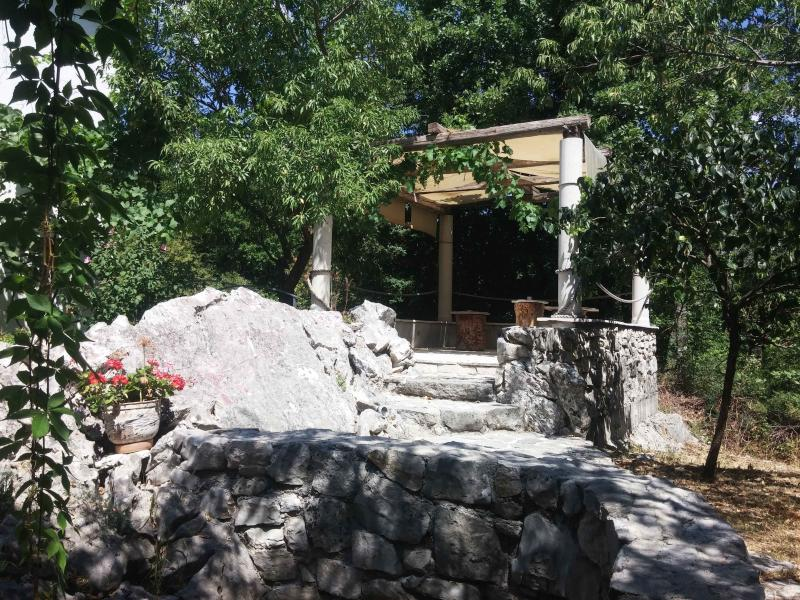 Apartments Minex (A quiet place for relaxation 2), holiday rental in Trebinje