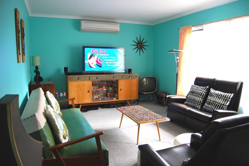 46' Sony TV, PS3, DVD home theatre HiFI