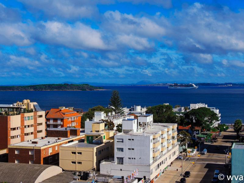 Sea view from the apartment in the Centre of the city of Punta del Este