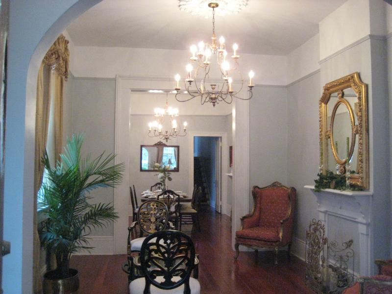 UPTOWN NEAR AUDUBON PARK AVAILABLE DEC. 1ST, holiday rental in Saint Rose