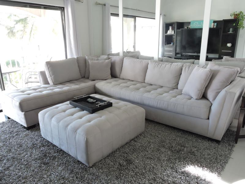 Cozy lounge with 60' flat screen