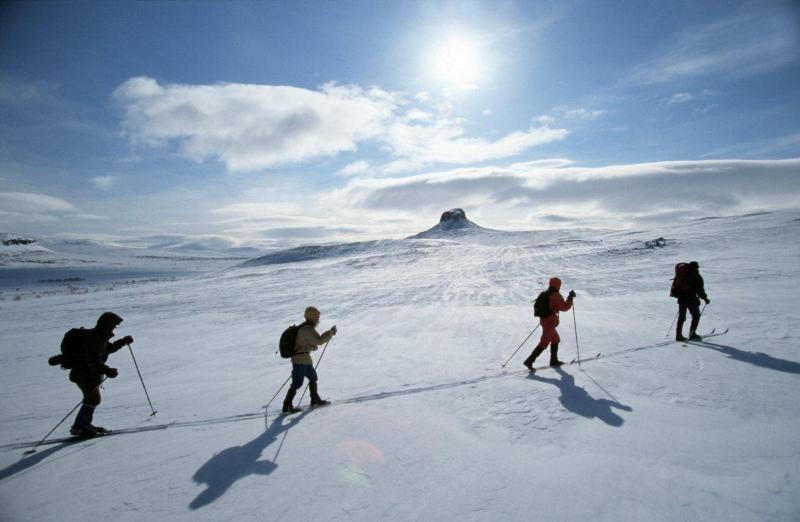 Tour de ski entre les sept collines de Ylläs. Plus de 330 km de pistes de ski de fond.