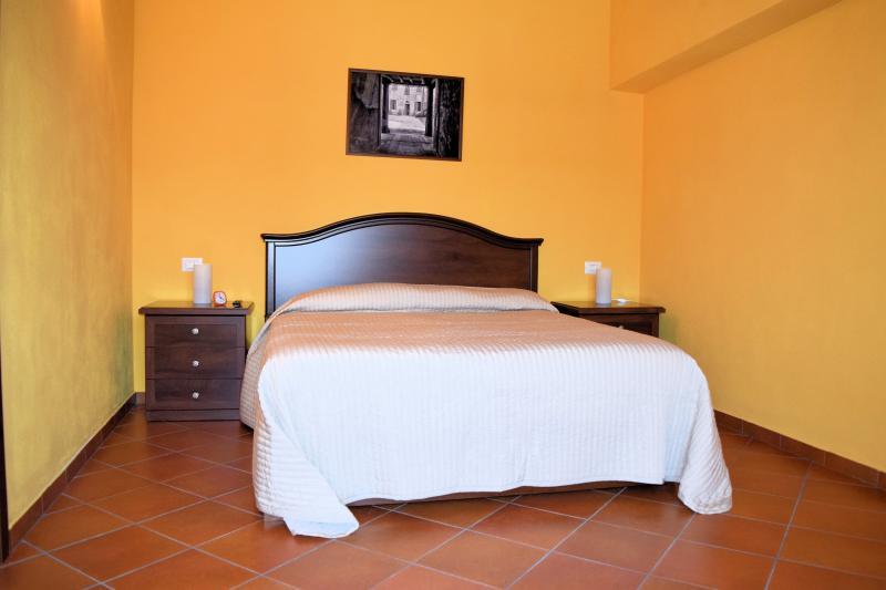 Corte Certosina Camera 11, holiday rental in Buccinasco
