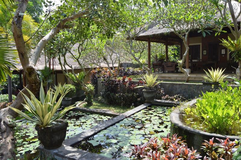 Luxurious Getaway with Stunning Jungle Views, holiday rental in Saba