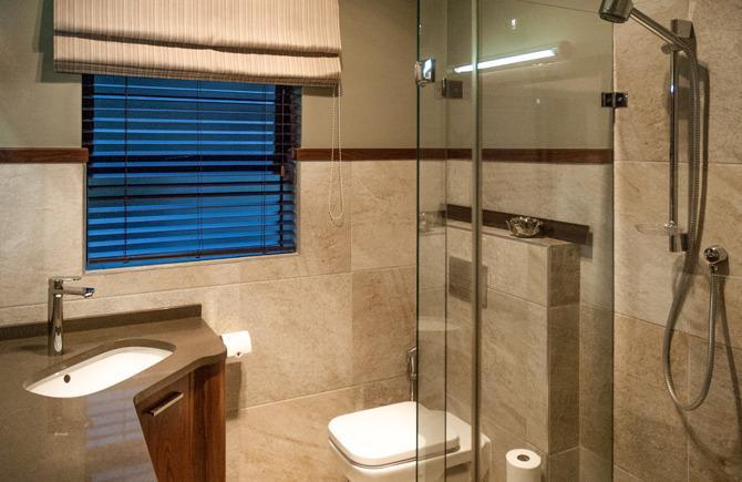 Deluxe Studio his Bathroom