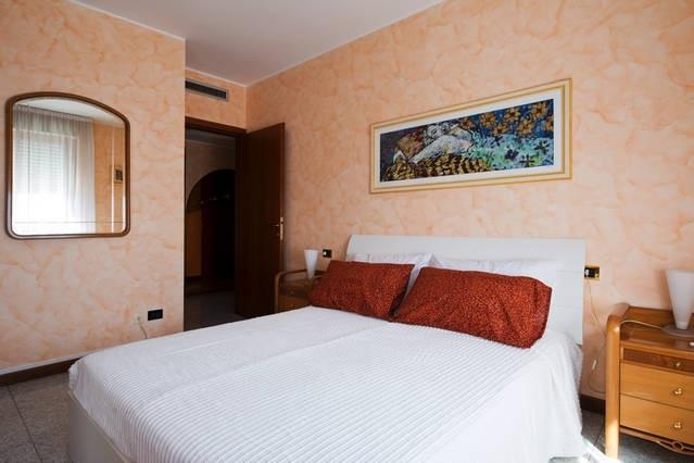 BNB HUMANA, holiday rental in Locate di Triulzi