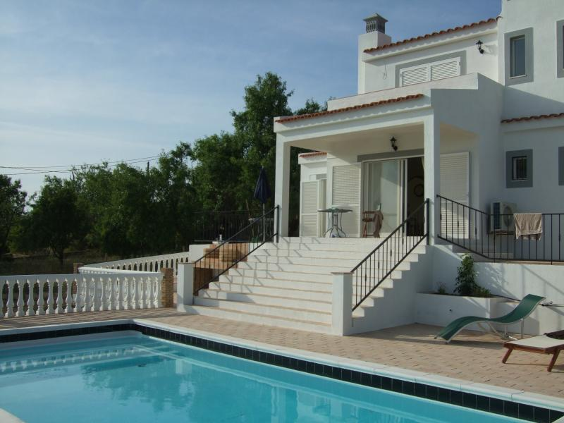 Secluded villa in the hills with sea views – semesterbostad i Loule