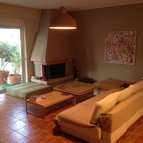 Modern apt in Athens, vacation rental in Penteli