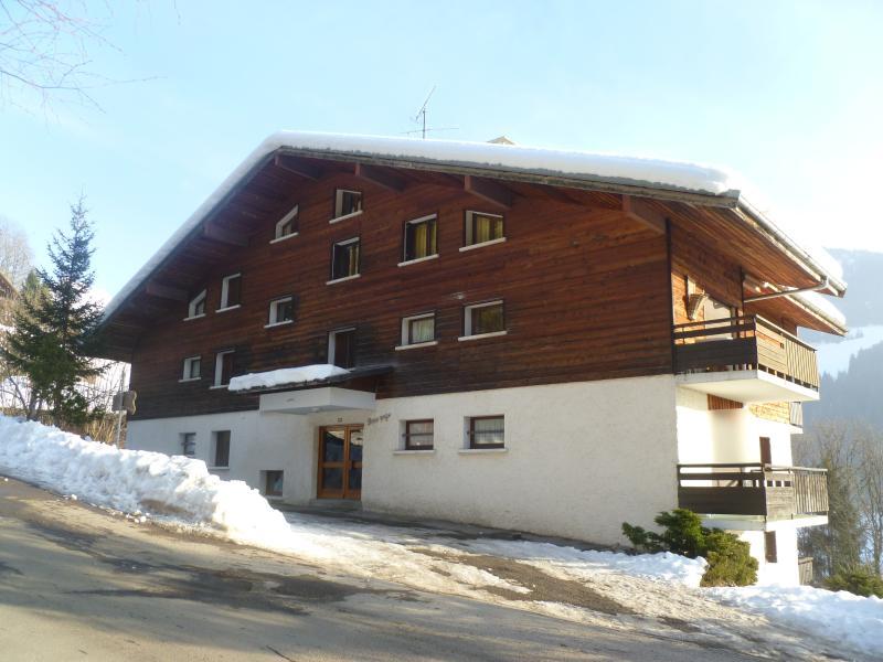 El apartamento está situado en planta 1ª y 2ª a la izquierda de Perce Neige Chalet
