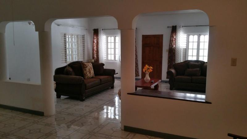 JUS4U-1 VISTA DEL MAR DRAXHALL, vacation rental in Ocho Rios