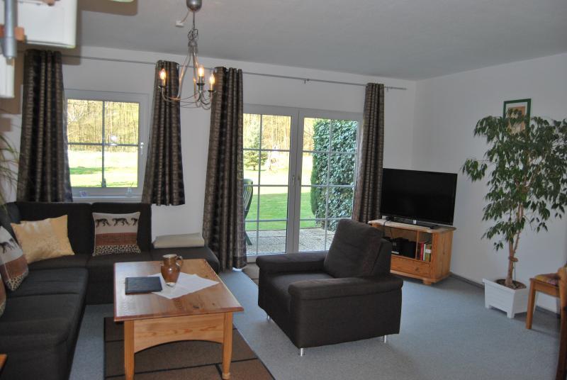 Top Ferienwohnung auf zwei Ebenen****, Terrasse, 2 Schlafz. Gäste-WC, Wifi frei, holiday rental in Zorge