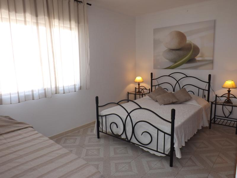 Double bedroom with sommier for 3rd person
