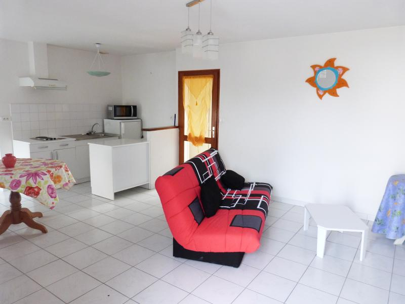 un petit chez soi 2, holiday rental in Brusvily