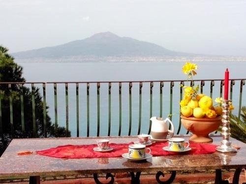B&B 'Casale del barone', Sorrento Coast, 2 Bedroom, location de vacances à Vico Equense