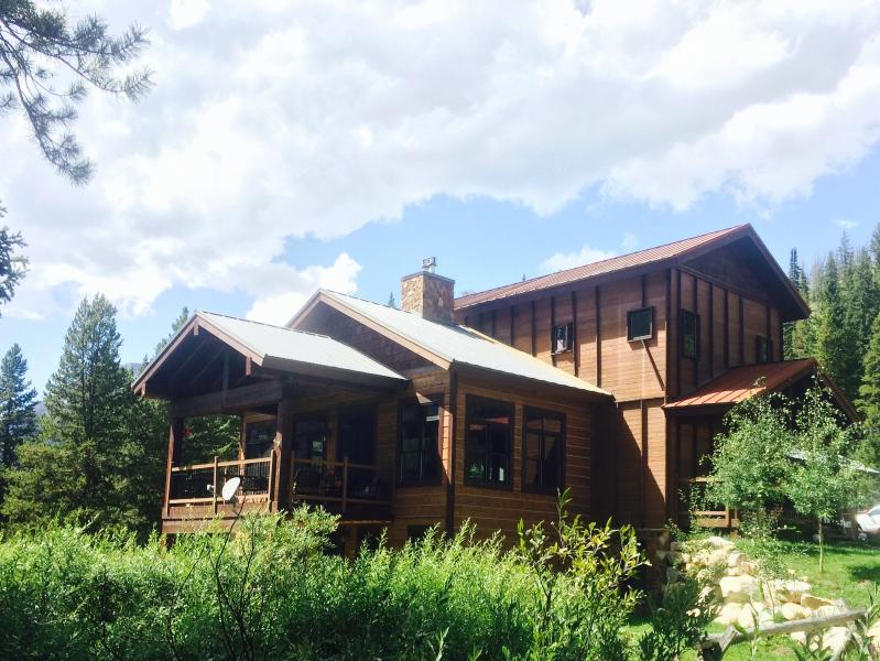 Luxury Mountain Retreat Cooke City, location de vacances à Parc national de Yellowstone