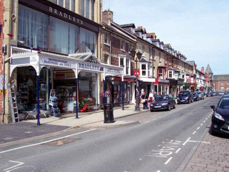 Llandrindod main shopping street
