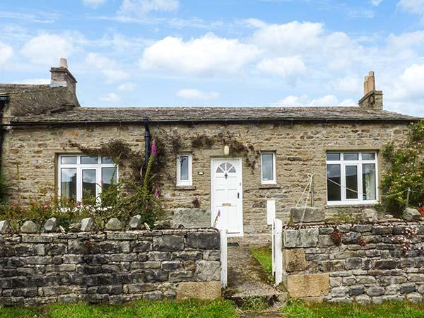 AROS, end-terrace, open fire, dog-friendly, near Reeth, Ref 923134, holiday rental in Arkengarthdale