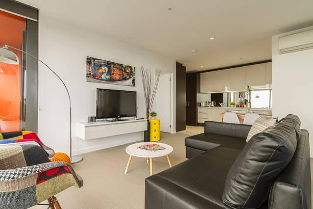MD1 - Spacious 2BR-2BTH CBD Apartment Ensuite, vacation rental in Melbourne