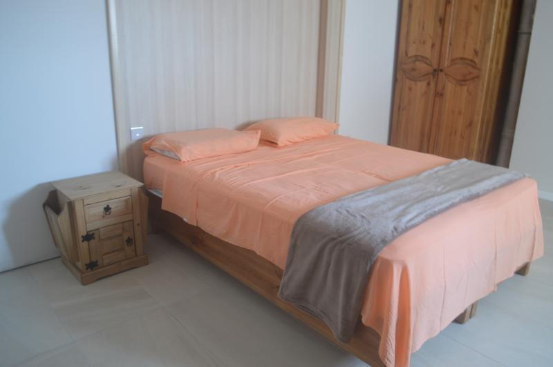 Estrella Lodging 2B, holiday rental in Dingli