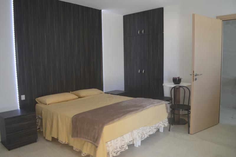 Estrella Lodging 2D, holiday rental in Dingli