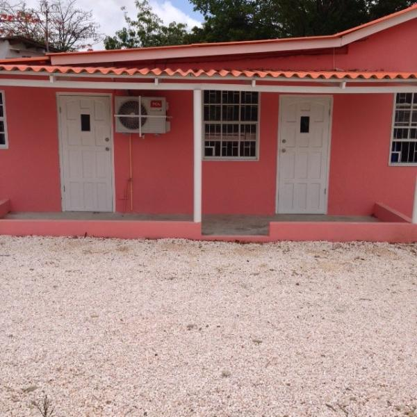 Entrance studio C and studio B