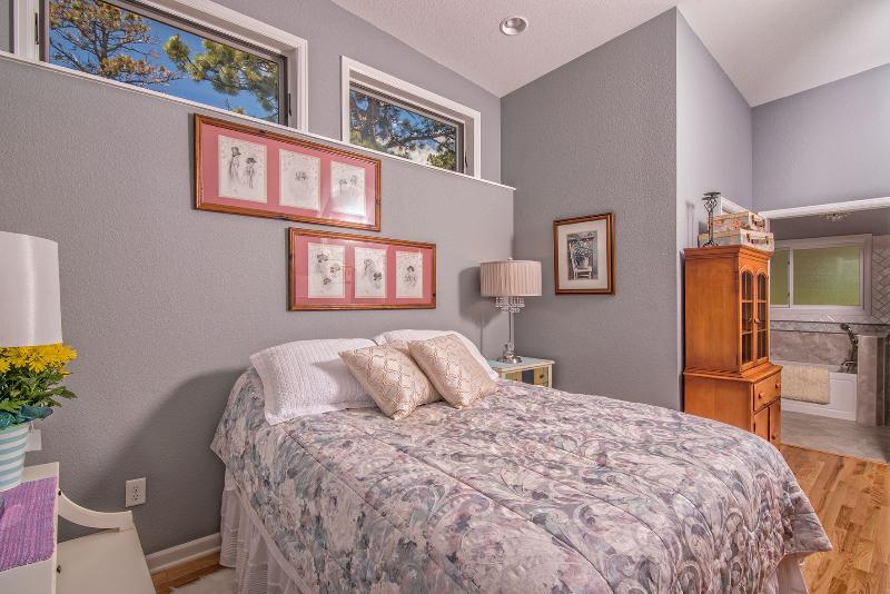 Master queen bedroom.