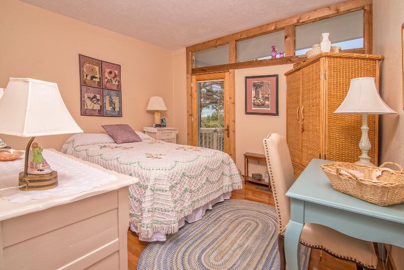 Full Bedroom #2
