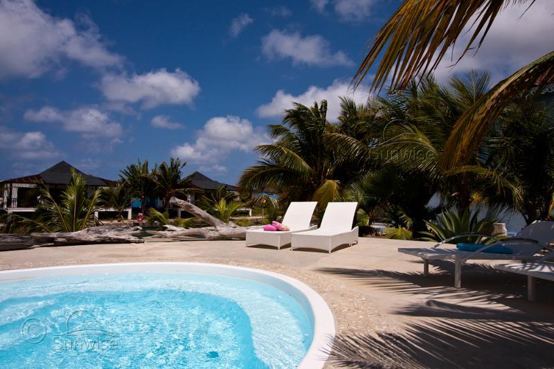 Apartment El Trupial on Ocean Breeze Resort, location de vacances à Kralendijk