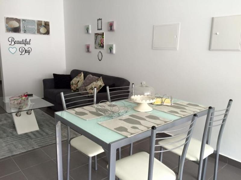 Brand New 2 bedroom apartment , with baby cribs ., vacation rental in Agua Retorta