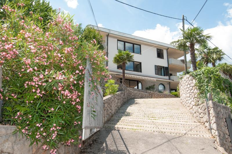 3BD Oasis of Peace_P Included, vacation rental in Opatija