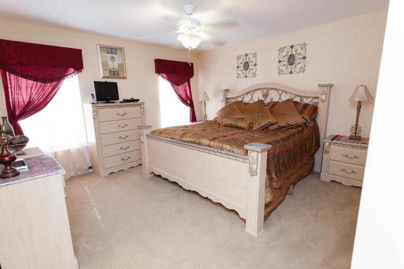 The King Master Bedroom