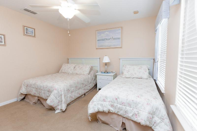 The Twin Bedroom with Beach Theme