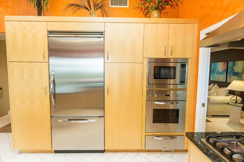Modern kitchen with electric oven, microwave and warming drawer