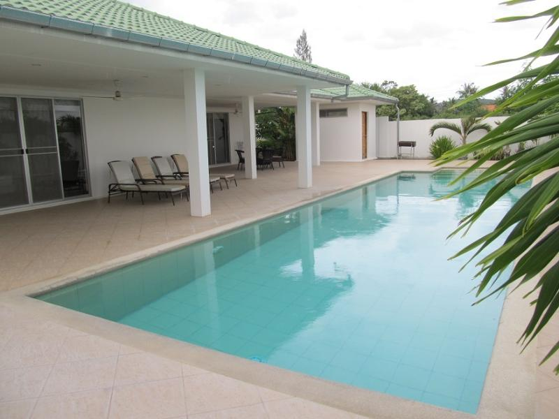 Large Pool with access from Lounge and Main Bedroom