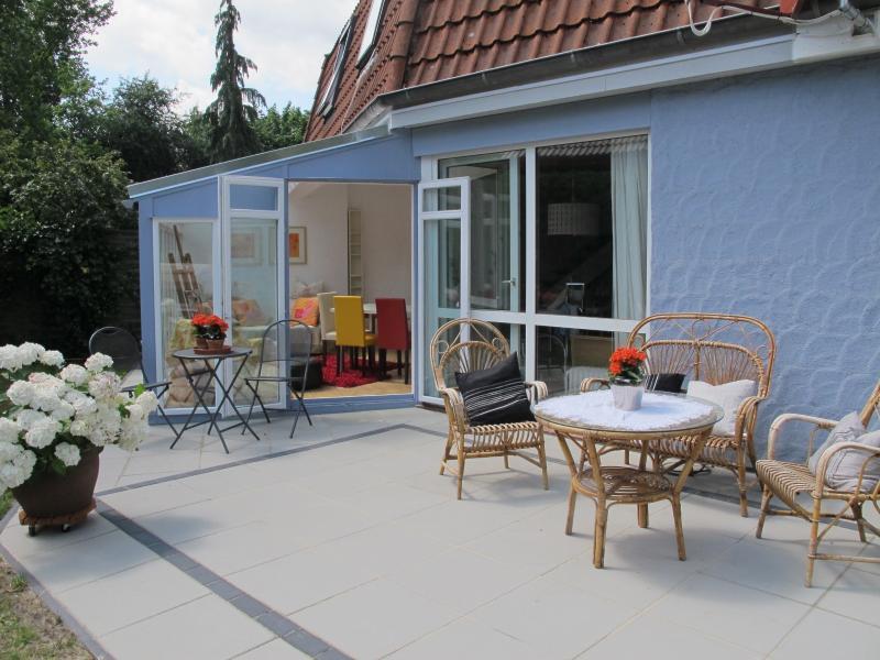 5 Sterne Ferienhaus im Kattenpad Worpswede Zentrum -Oase der Ruhe- 9 Personen, holiday rental in Worpswede