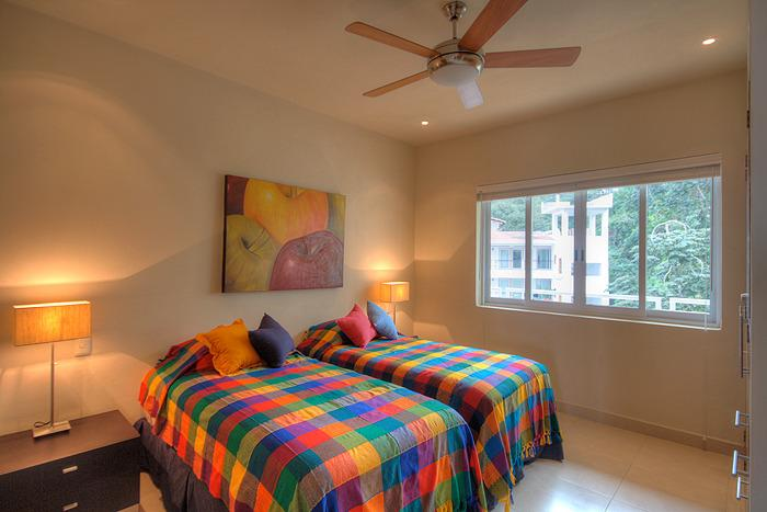 2nd bedroom can be configured with 2 twins