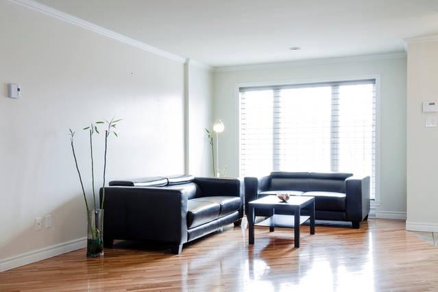 Chambre privative dans une maison, vacation rental in Saint-Bruno-de-Montarville
