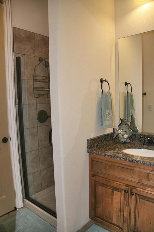 Salle de bains 2 (jack et Jill - accéder depuis la surface habitable et peut être privé de 2 chambre à coucher