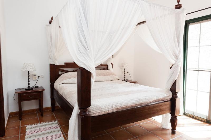 El Almendro, holiday rental in El Chorro