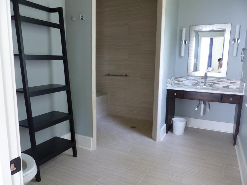 Handicap accessible bathroom with roll-in shower (with Steam shower)