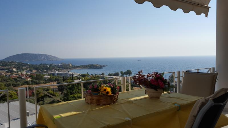 the best view of the sea in Saronida, holiday rental in Saronida