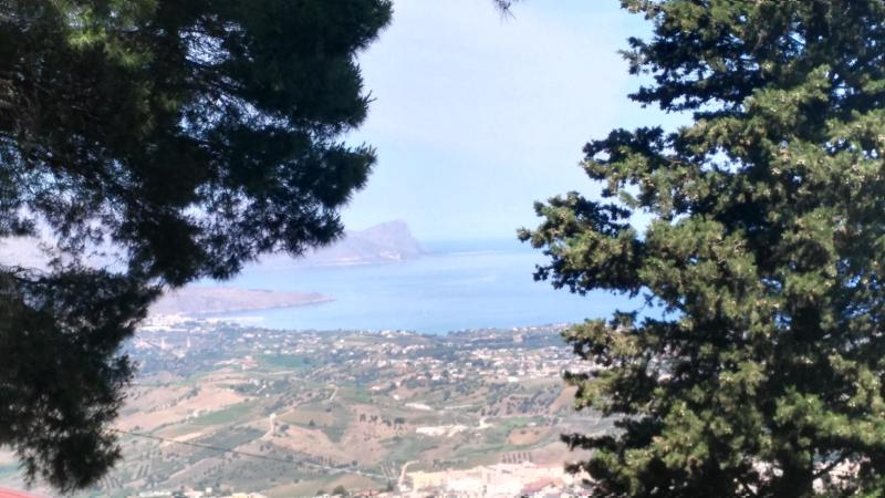 tra bosco e mare nel golfo di Castellammare, holiday rental in Alcamo